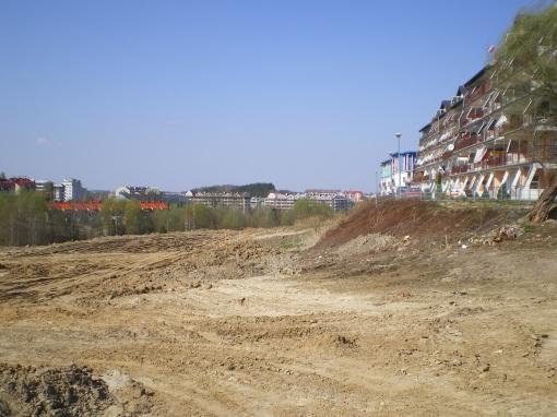 Budowa alei Sikorskiego (po prawej blok przy ulicy Mazowieckiej 3)