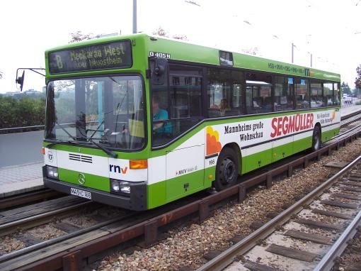 Autobus z prowadnicą w Mannheim