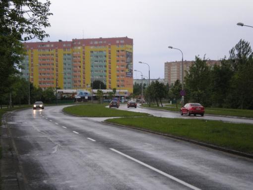Ulica Dworcowa przy parku Kusocińskiego