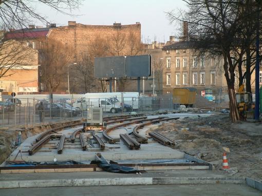 Budowa torowiska w ulicy Dowbora-Muśnickiego w Poznaniu