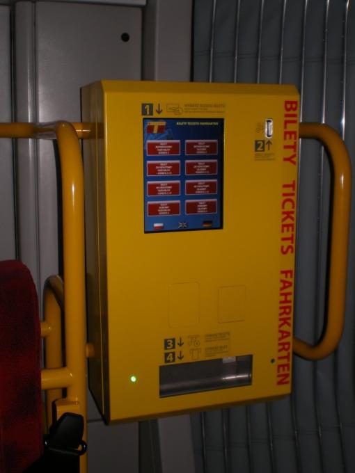 Automat biletowy w Pesie Swing