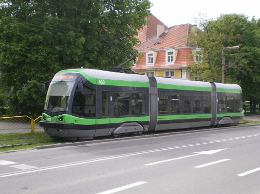 Pesa 121N dojeżdża do pętli Saperów w Elblągu