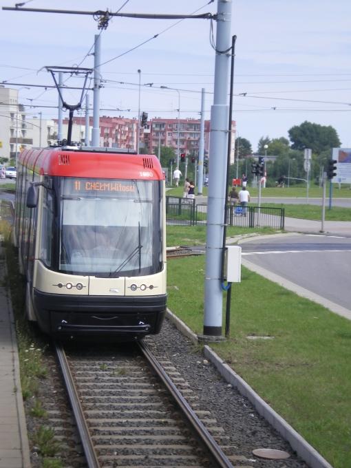 Pesa 120NaG Swing wjeżdża na pętlę Chełm w Gdańsku