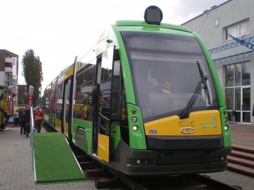 Solaris Tramino S105P na targach Trako 2011
