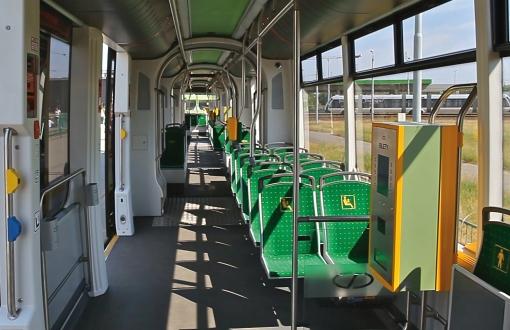 Wnętrze Solarisa Tramino Poznań