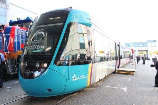 Alstom Citadis Dualis na targach InnoTrans 2012