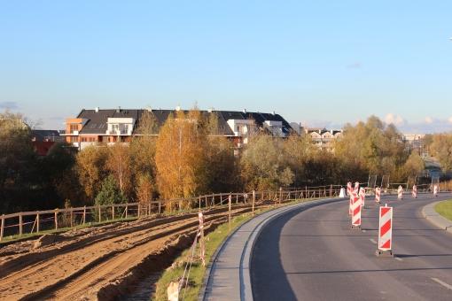 Budowa linii tramwajowej przy ulicy Płoskiego (29 października 2012)