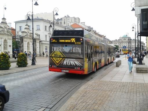 Solaris Tramino 18 Hybrid na Krakowskim Przedmieściu w Warszawie