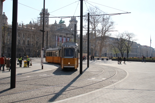 Torowisko na Kossuth tér w Budapeszcie