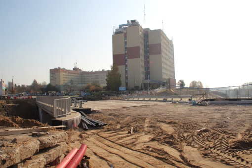 Budowa wiaduktu ulicy Żołnierskiej nad ulicą Obiegową (26 października 2014)