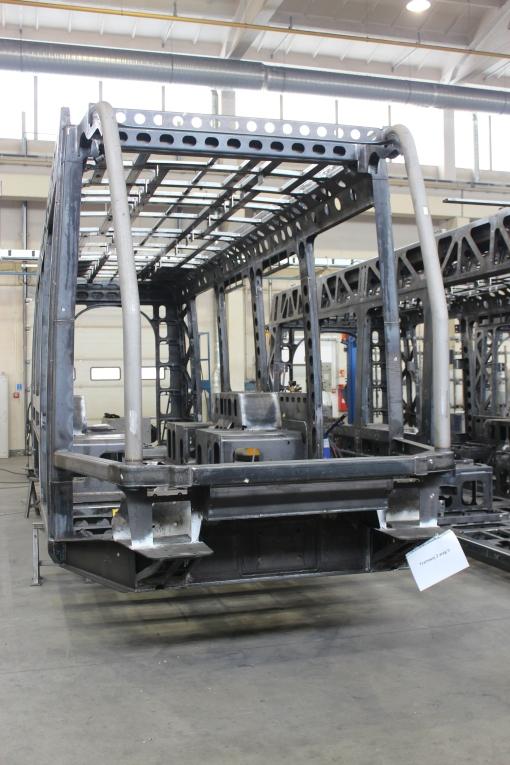 Pudło jednego z pierwszych Tramino Olsztyn w fabryce Solarisa w Środzie Wielkopolskiej