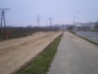 Budowa linii tramwajowej przy alei Sikorskiego - okolice skrzyżowania z ulicą Tuwima (16 listopada 2014)