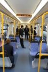 Wnętrze tramwaju wysokoperonowego (Stadtbahn) Durmazlar Green Line LRV