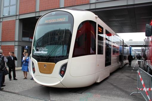 Tramwaj własnej marki wyprodukowany przez stambulskiego przewoźnika İstanbul Ulaşım