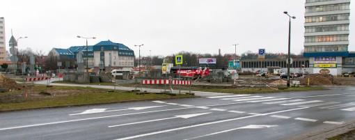 Budowa linii tramwajowej na placu Konstytucji 3 Maja (2 stycznia 2015)