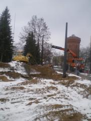 Słupy trakcji tramwajowej przy ulicy Żołnierskiej (4 lutego 2015)