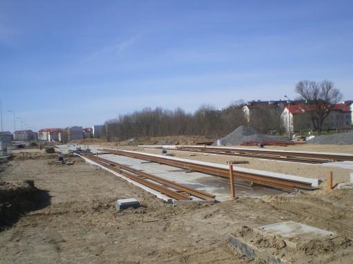 Budowa linii tramwajowej przy ulicy Witosa (22 marca 2015) - przystanek końcowy przy skrzyżowaniu z ulicą Kanta