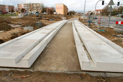Budowa linii tramwajowej przy ulicy Witosa (4 kwietnia 2015)