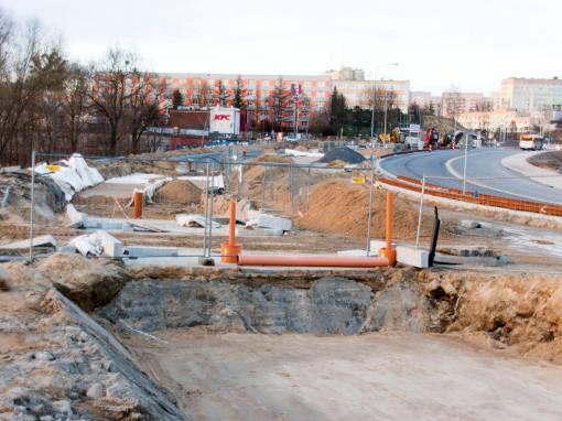 Budowa linii tramwajowej przy alei Sikorskiego (3 kwietnia 2015)