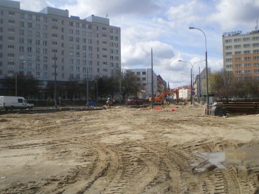 Budowa linii tramwajowej na placu Konstytucji 3 Maja (16 kwietnia 2015)