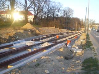 Budowa linii tramwajowej przy ulicy Tuwima (16 kwietnia 2015) - mijanka przy skrzyżowaniu z ulicą Iwaszkiewicza