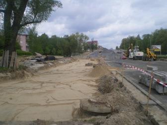 Budowa linii tramwajowej przy alei Sikorskiego (10 maja 2015)