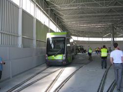 Solaris Tramino Olsztyn #3001 w hali postojowej zajezdni tramwajowej (12 czerwca 2015)