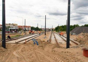Budowa linii tramwajowej przy ulicy Witosa (12 lipca 2015) - przystanek końcowy przy skrzyżowaniu z ulicą Kanta