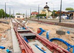 Budowa linii tramwajowej w ulicy Lubelskiej (12 lipca 2015) - tory odstawcze i budynek socjalny dla motorniczych przy przystanku końcowym Dworzec Główny