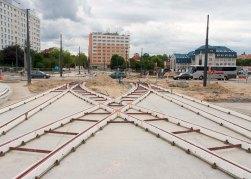 Budowa linii tramwajowej na placu Konstytucji 3 Maja (12 lipca 2015)