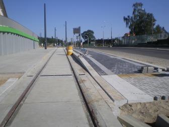 Budowa linii tramwajowej przy ulicy Tuwima (15 sierpnia 2015) - przystanek Pozorty