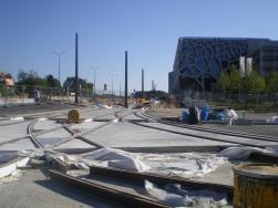 Budowa linii tramwajowej na skrzyżowaniu alei Sikorskiego z ulicami Tuwima i Synów Pułku (15 sierpnia 2015)