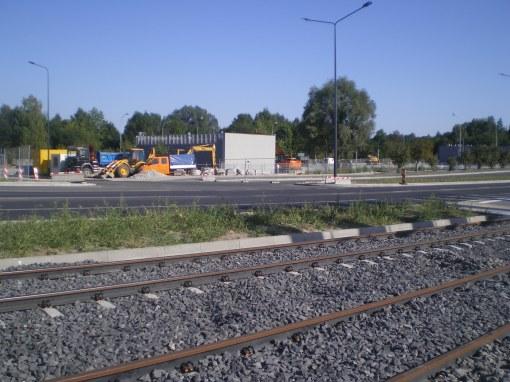 Budowa linii tramwajowej i zajezdni postojowej dla autobusów przy alei Sikorskiego