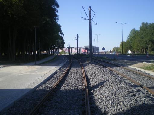 Budowa linii tramwajowej przy alei Sikorskiego (15 sierpnia 2015)