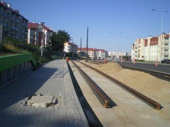 Budowa linii tramwajowej przy ulicy Witosa (15 sierpnia 2015) - przystanek Płoskiego