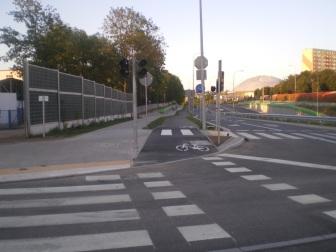 Skrzyżowanie ulic Żołnierskiej i Obiegowej (15 sierpnia 2015)