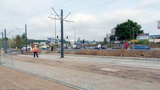 Budowa linii tramwajowej przy alei Sikorskiego (16 września 2015) - przystanek Galeria Warmińska