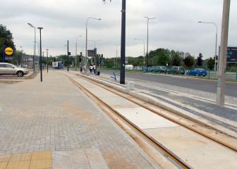 Budowa linii tramwajowej przy ulicy Tuwima (16 września 2015) - przystanek Uniwersytet-Pływalnia
