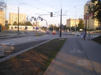 Budowa linii tramwajowej na skrzyżowaniu ulic Żołnierskiej i Obiegowej (31 sierpnia 2015)