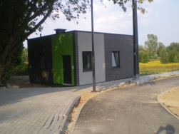 Budowa linii tramwajowej przy ulicy Tuwima (1 września 2015) - budynek socjalny dla motorniczych przy przystanku końcowym Uniwersytet-Prawocheńskiego