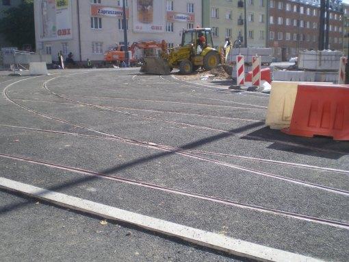 Budowa linii tramwajowej na skrzyżowaniu ulicy Kościuszki i alei Piłsudskiego (21 września 2015)