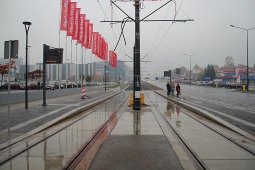 Budowa linii tramwajowej przy alei Sikorskiego (18 października 2015) - przystanek Real