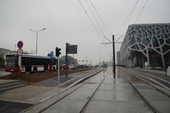 Budowa linii tramwajowej przy alei Sikorskiego (18 października 2015) - przystanek Galeria Warmińska