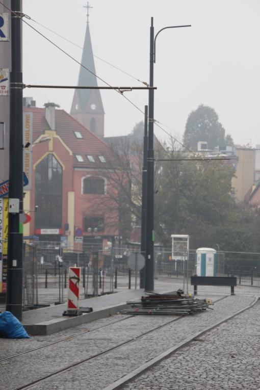Budowa linii tramwajowej w ulicy 11 Listopada (18 października 2015) - przystanek końcowy Wysoka Brama