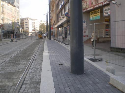 Budowa linii tramwajowej w ulicy 11 Listopada (4 października 2015) - przystanek końcowy Wysoka Brama