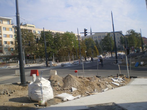 Budowa linii tramwajowej w alei Piłsudskiego (4 października 2015)