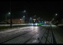 Solaris Tramino Olsztyn S111O #3001 wjeżdża na przystanek końcowy Kanta podczas czwartego przejazdu próbnego (24 listopada 2015)