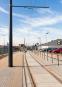 Linia tramwajowa przy ulicy Tuwima (31 października 2015) - przystanek Uniwersytet-Pływalnia