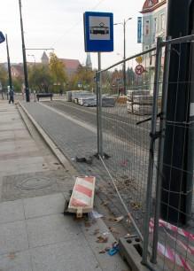 Linia tramwajowa w ulicy 11 Listopada (31 października 2015) - przystanek końcowy Wysoka Brama