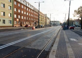 Linia tramwajowa w ulicy Kościuszki (31 października 2015) - przystanek Skwer Wakara